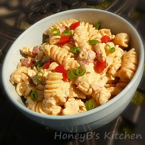 Buffalo Chicken Pasta Salad - Grumpy's Honeybunch #buffalochickenpastasalad