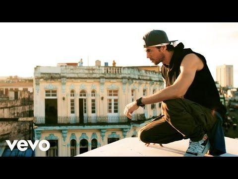 Enrique Iglesias A Lavana Nel Video Per Subeme La Radio Music