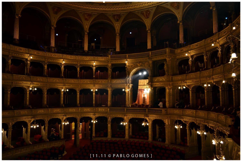 Opera de Budapeste / Opera de Budapest / Budapest opera house [2011 - Budapeste / Budapest - Hungria / Hungary] #fotografia #fotografias #photography #foto #fotos #photo #photos #local #locais #locals #cidade #cidades #ciudad #ciudades #city #cities #europa #europe #turismo #tourism
