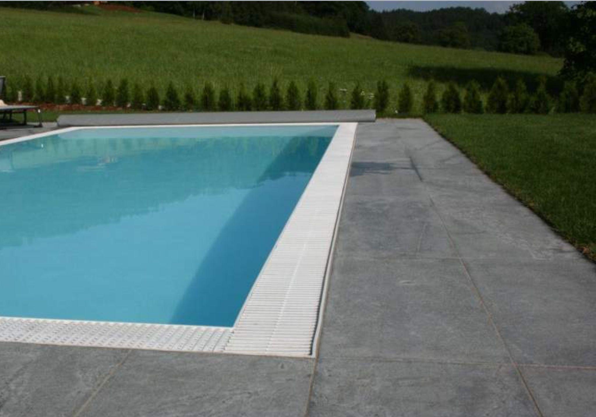Ocean Blue Flamed Basalt Stone Around Pool Outdoors Stone Around