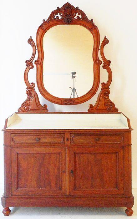 Toilettafel Met Spiegel Wit.Mahonie Biedemeier Commode Met Draaibare Spiegel Ca 1860 Deze