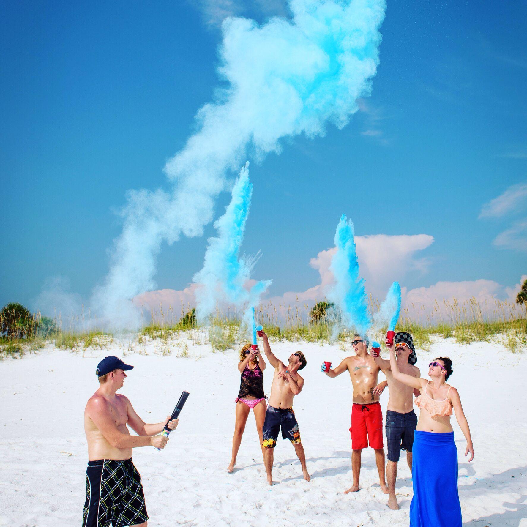 Color Powder Gender Reveal >> Gender Reveal With Colored Chalk Powder Gender Reveal Beach