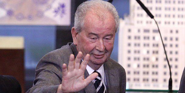Grondona confirmó que el Mundial del 2030 se realizará en Argentina y Uruguay - Dale un 'Me Gusta si te gusta la idea. http://www.diarioveloz.com/c98486
