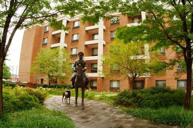 The Heritage Affordable Apartments In Uniontown Pa Presbyterian Seniorcare Found At Affordablesearch Com Affordable Apartments Apartment Uniontown