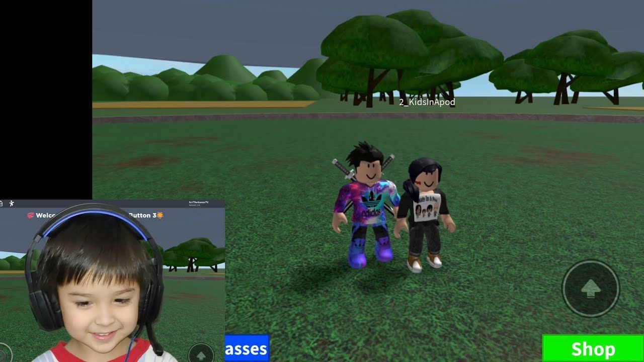 Don T Press The Button 3 With 2kidsinapod Roblox Win 10 Robux
