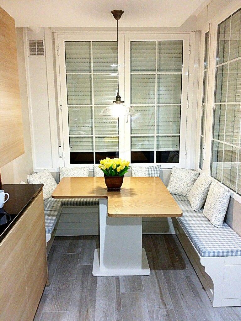 Banco baúl y mesa hecho a medida para cocina | Muebles Iroko | Pinterest