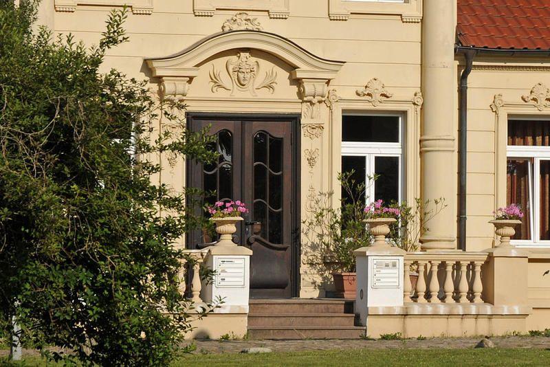 Guts- & Herrenhäuser / Gutshäuser - T / Teschendorf, Rostock