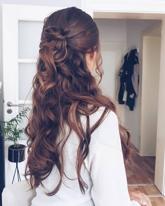 Fall Hairdo Hairstyle Long Hair Quick Hairstyle For Long Hair Curles Half Updo Long Hair Styles Hairdo For Long Hair Hairdo