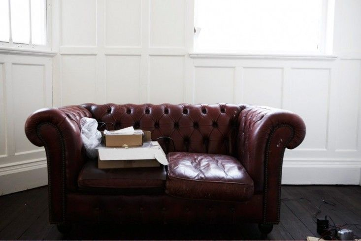 Chesterfield  Mat Collishaw, maroon Chesterfield sofa, Camberwell, London | Remodelista