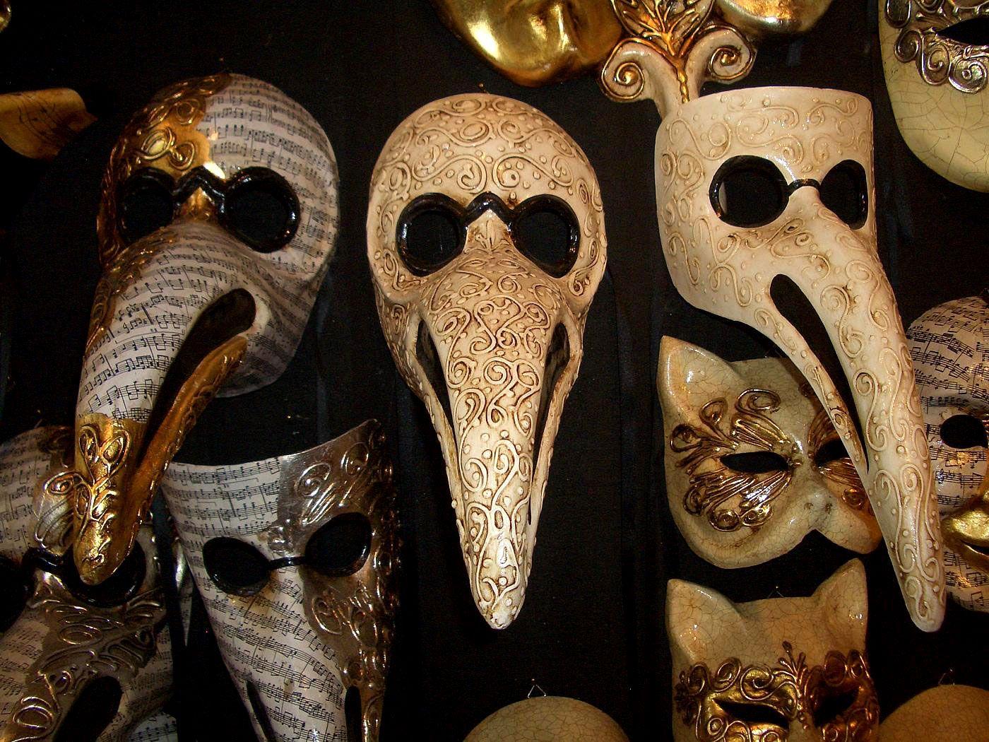 plague doctor masks venice pinterest doctor mask plague