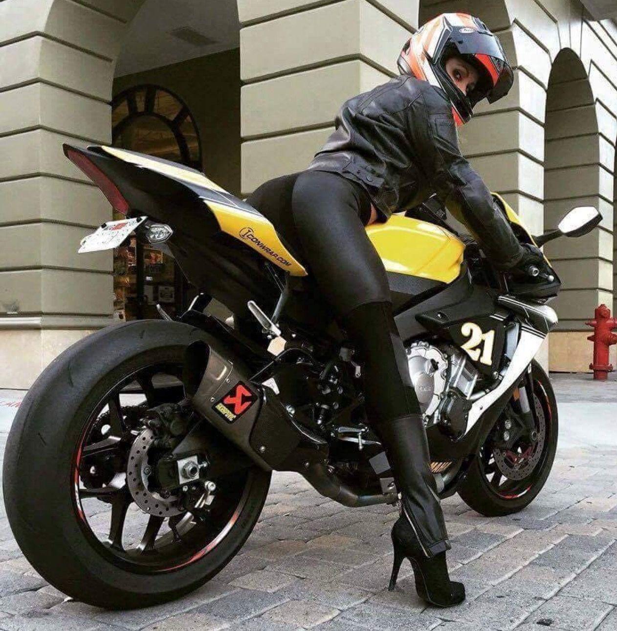 highway patrol moto pour femmes pinterest moto pour femmes moto et pour femme. Black Bedroom Furniture Sets. Home Design Ideas