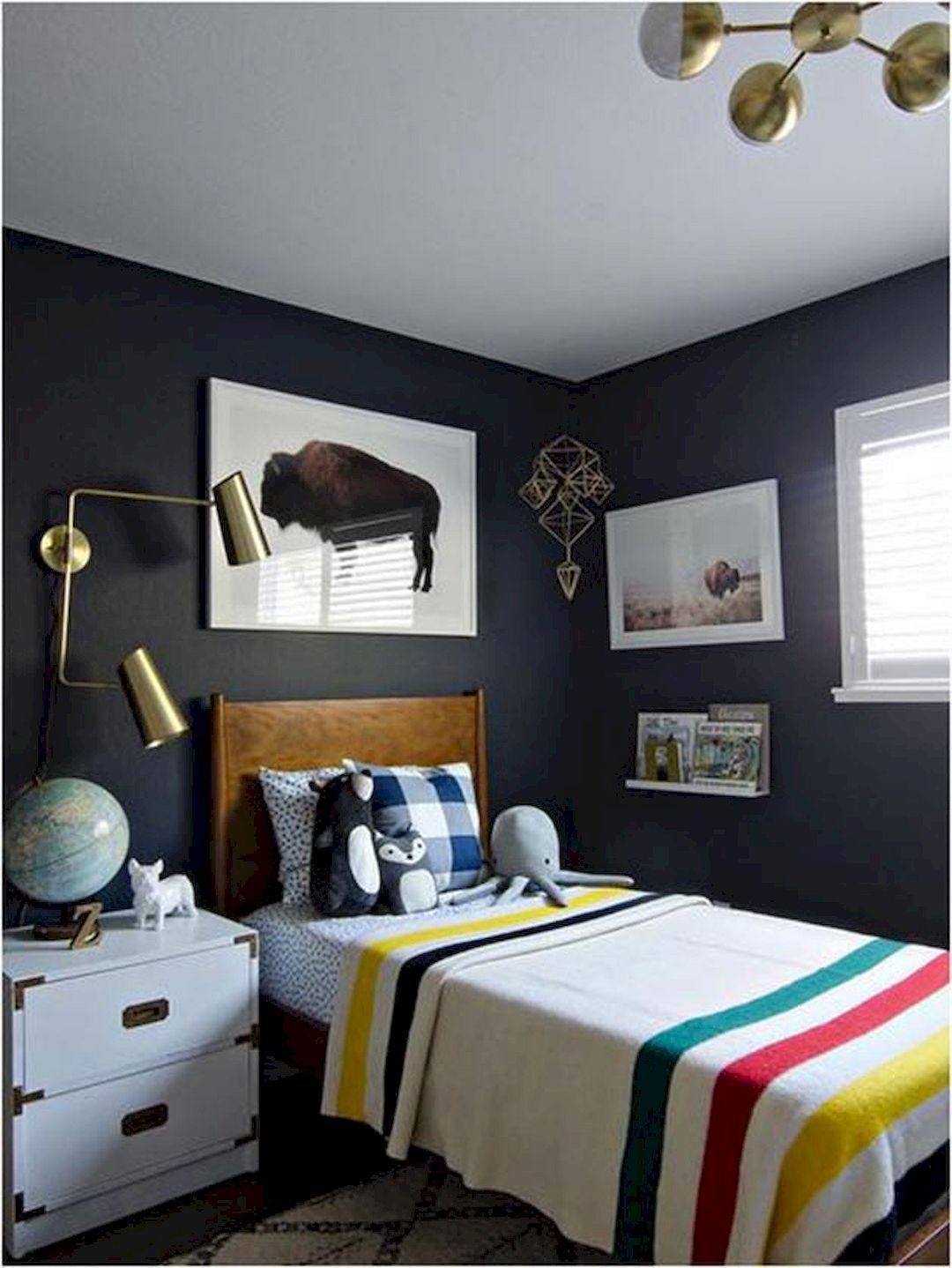 Bedroom Ideas With Dark Blue Carpet: 16 Neat Single Bedroom Designs