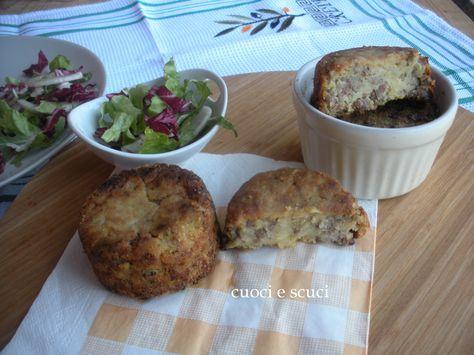 Il tortino di patate e carne macinata è un antipasto sfizioso, basta mangiarne due e un pò d'insalatina mista che diventa un secondo piatto gradito da tutti