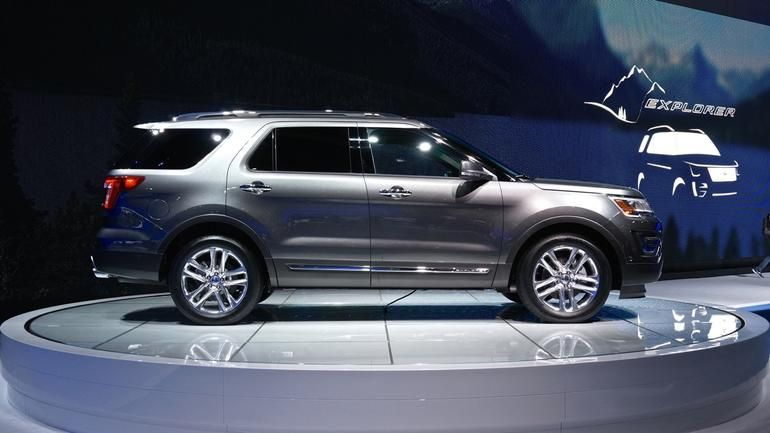 everything you need to know about the 2016 ford explorer platinum including impressions and analysis