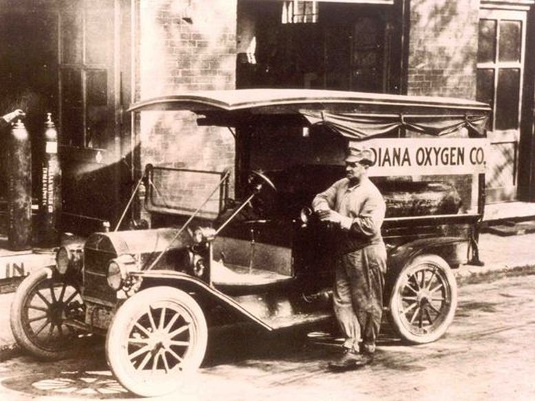 Model T Ford Forum Old Photo Indiana Oxygen Delivery Truck