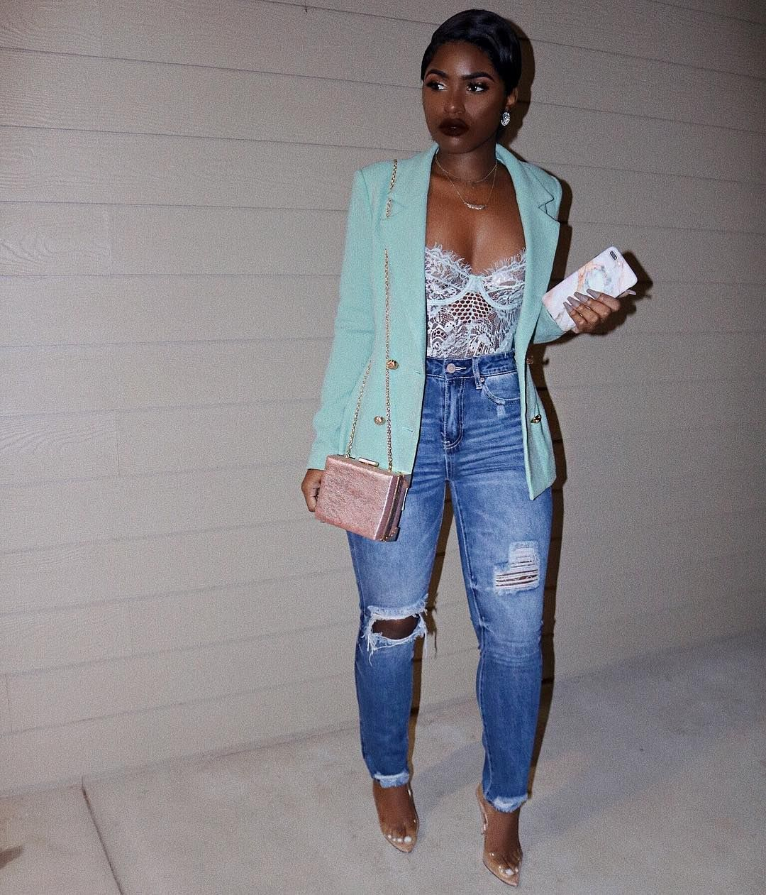 5c0da3c63c3b All the stylish Spring Outfits and latest short hairstyles and bridesmaids  hair #hairstyles #bridesmaids #womenswear #streetstyle #fashion  #latestfashion ...
