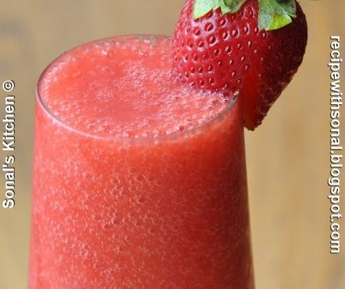 Vodka strawberry smoothie #vodkastrawberries Vodka strawberry smoothie #vodkastrawberries