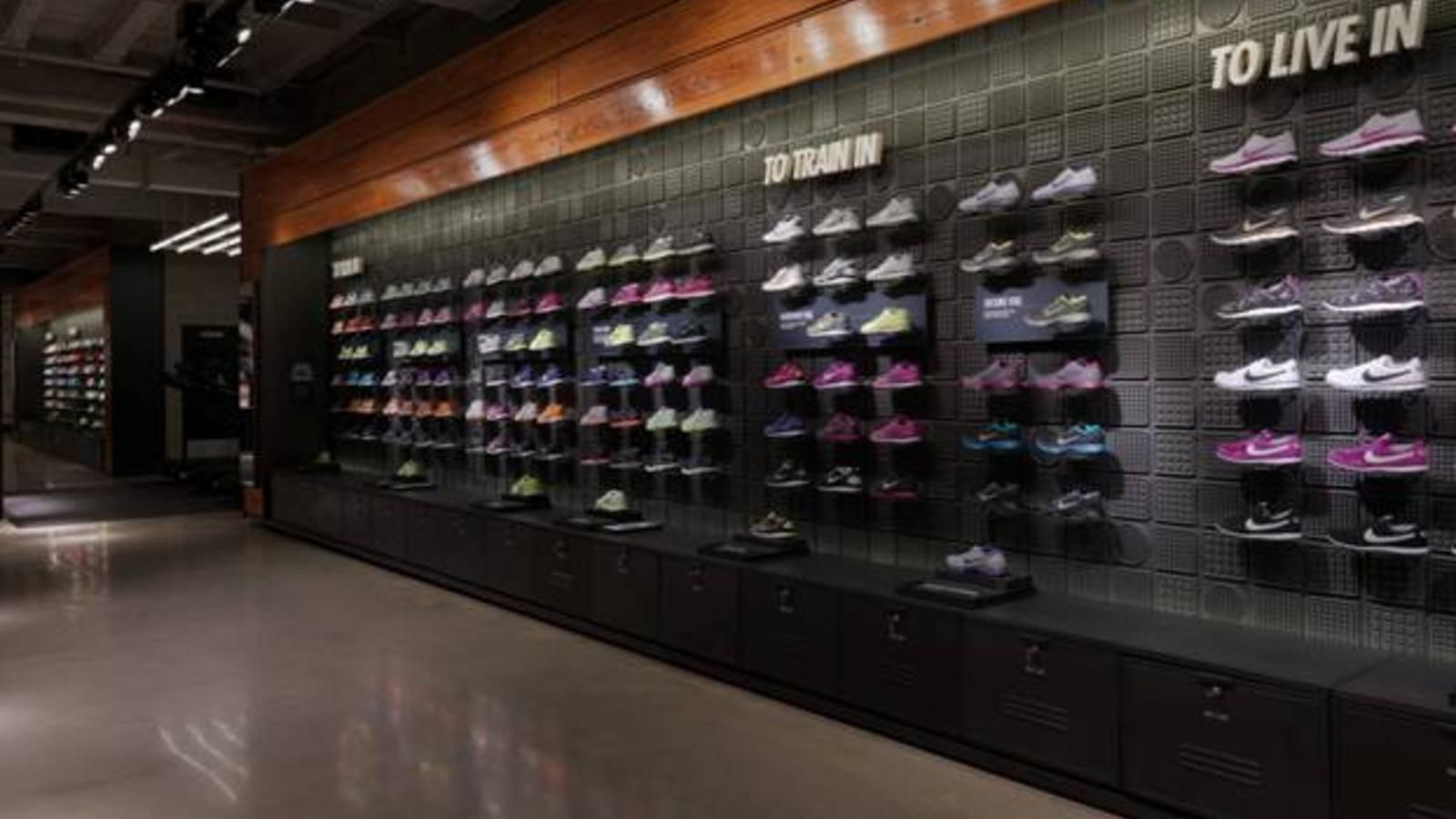 Nike Reopens its Flagship Brand Presence in Chicago on