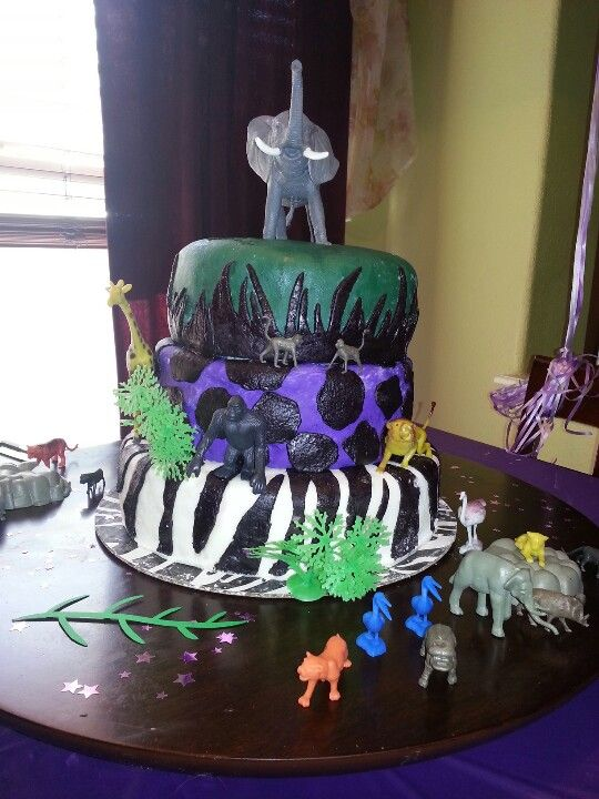 Jungle cake! Made with marshmallow fondant.