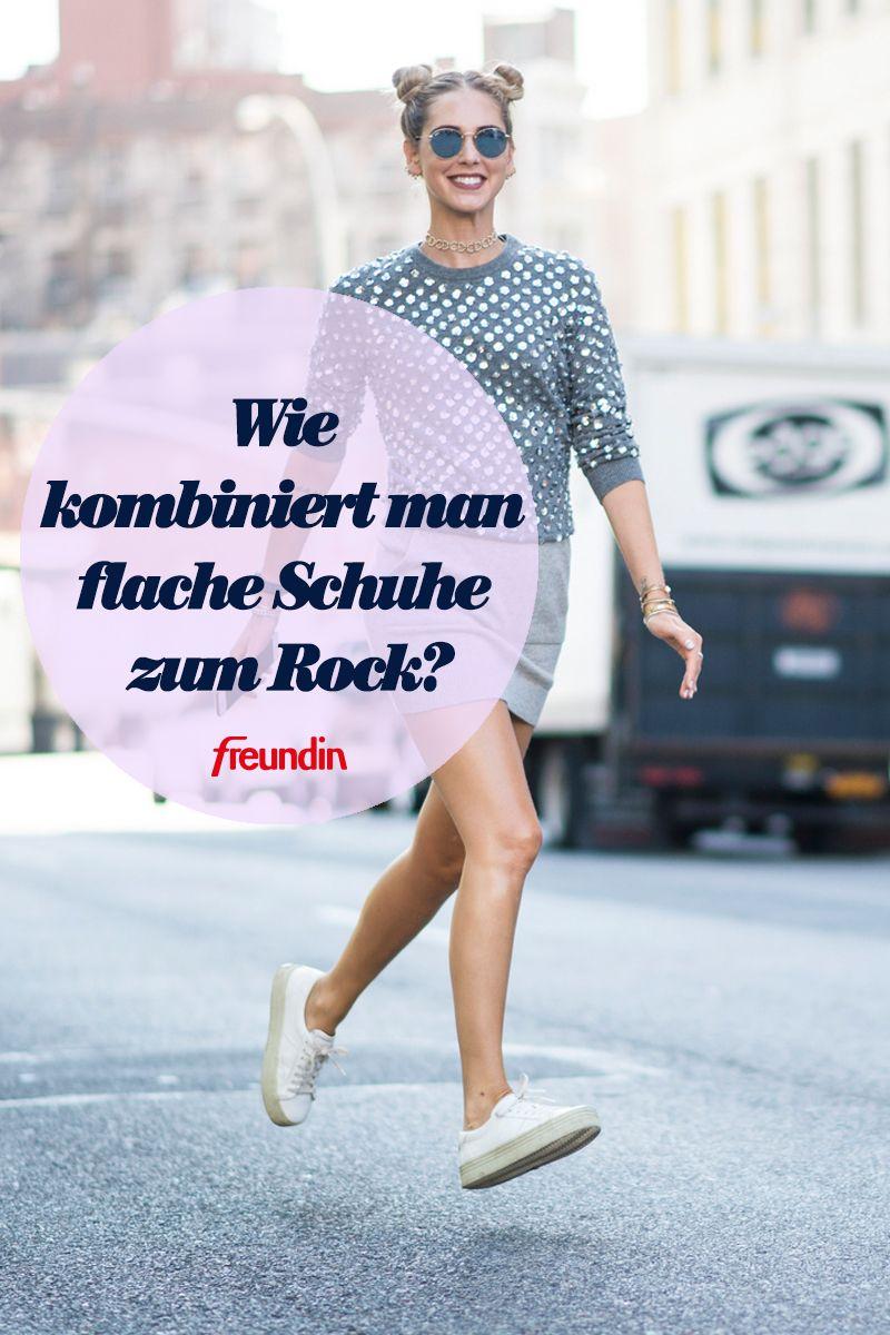Die Schwierigkeit, flache Schuhe zum Rock zu kombinieren
