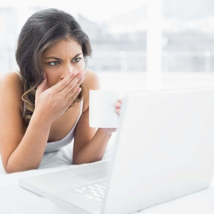 What is proper online dating etiquette