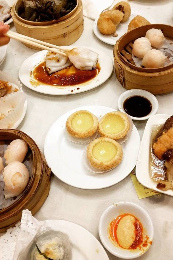 8 Great Chinese Restaurants For A Sit Down Feast Chinese Restaurant Food Best Chinese Restaurant