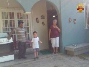Hombres armados secuestran a un hombre en la colonia Moderna de San Pedro Sula #sanpedrosula Hombres armados secuestran a un hombre en la colonia Moderna de San Pedro Sula #sanpedrosula