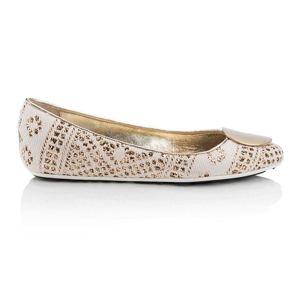 00abd5743a7 Descubre que zapatos de boda van contigo. Unos zapatos cómodos te  permitirán disfrutar al máximo de tu gran día. No te pierdas nuestros  consejos.