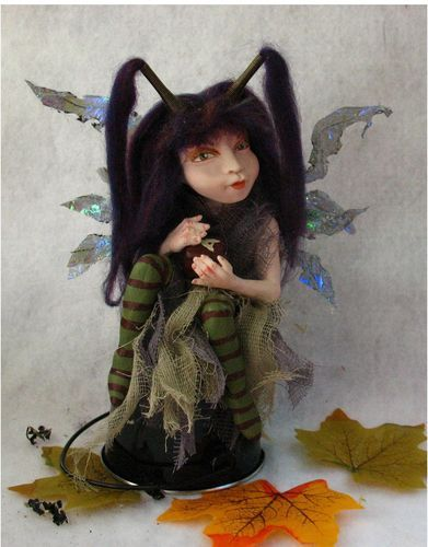 ooak poseable acorn hat thread PIXIE fairy and her little