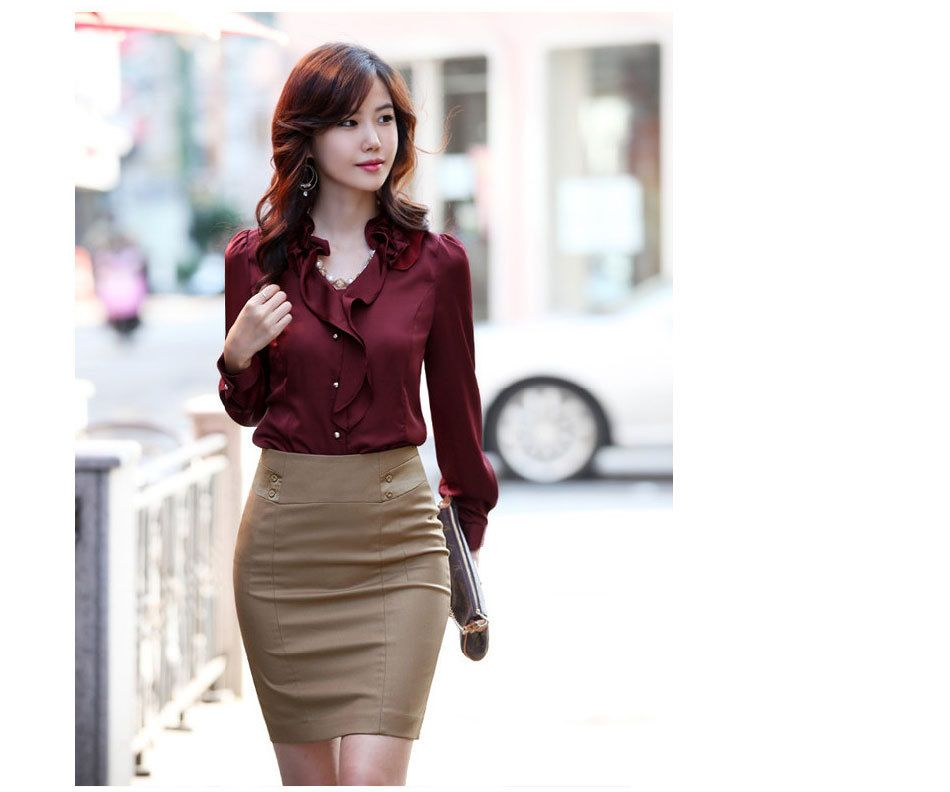 264938560b Blusas-rojo vino- falda kaki