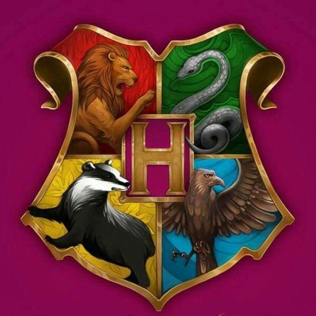 Гарри поттер школы магии названия прикольные гадания на игральных картах