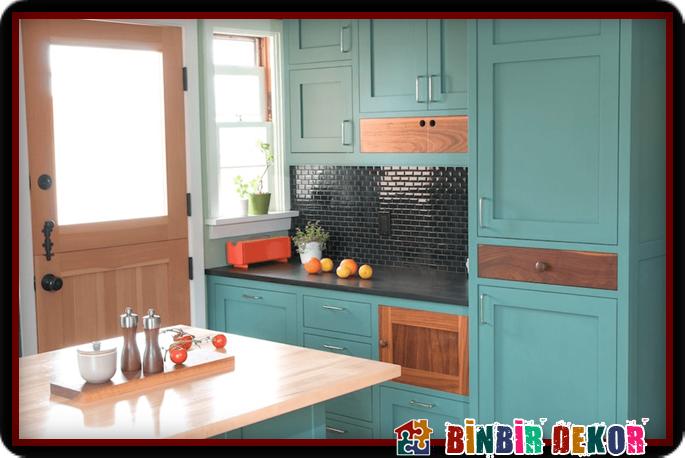 Mutfak Dolabinizi Son Moda Boya Renkleri Ile Boyayip Yenileyin Mutfak Ic Dekorasyonu Mutfak Dolaplari Mutfak Tasarimlari
