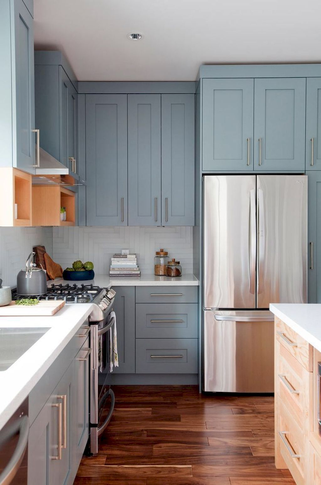 65 Incredible Farmhouse Gray Kitchen Cabinet Design Ideas   Wholiving