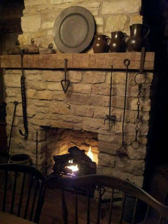 Colonial fireplace setting hearths and mantles Fireplace setting ideas