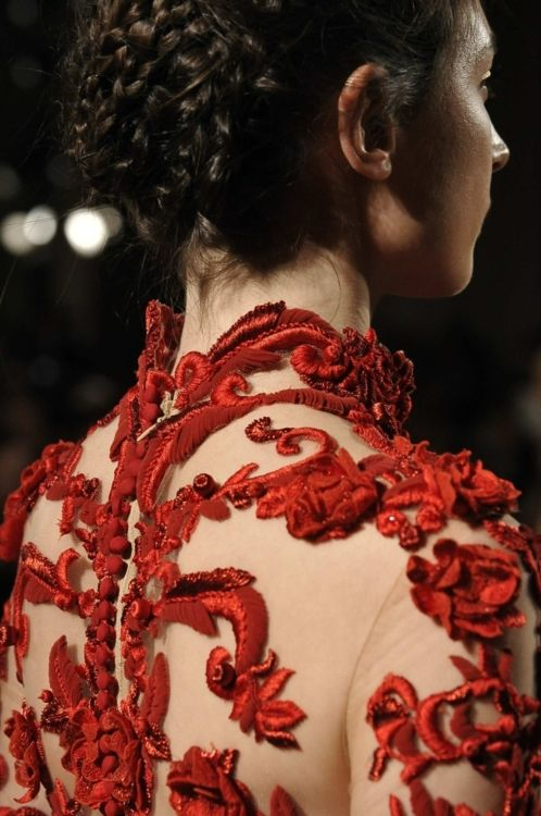 #Marchesa #embroidery