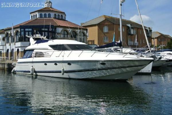 Motoryacht SUNSEEKER MANHATTAN 62 - sell beautiful motor yacht, by VTR, lenght 18,75 mt , shipyard Sunseeker,type Manhattan 62, excellent condition, built year 1997.Powered by 2 Man engines by 800HP/cad. Full optionals Great for charter rentals - ilnavigatore.net