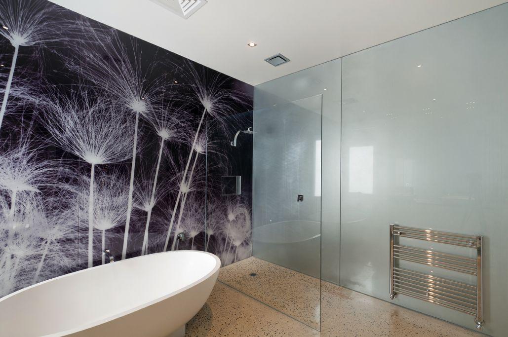 Printed Glass Bathroom Feature Wall Badezimmer Spritzschutz Glas Badezimmer Duschdesigns
