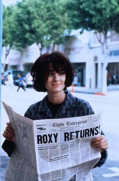 Winona Ryder Welcome Back Roxy Carmichael At The Movies
