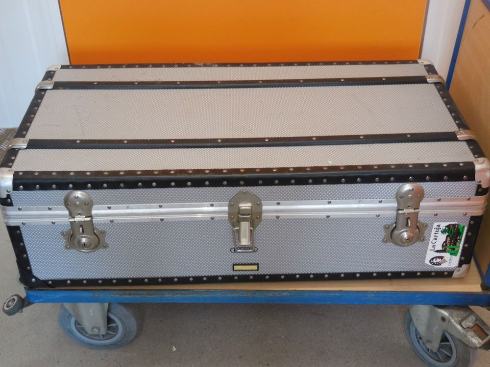 rimowa aluminium bersee koffer trolley sonderanfertigung rimowa pinterest. Black Bedroom Furniture Sets. Home Design Ideas