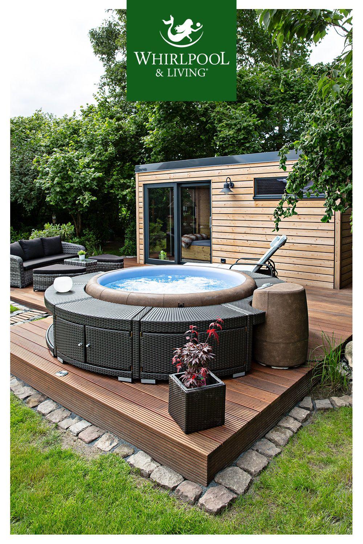 Ein Eigener Spa Bereich Im Garten Mit Softub Whirlpool Und Warmegrad Sauna Whirlpool Garten Aufblasbar Whirlpool Garten Sauna Im Garten