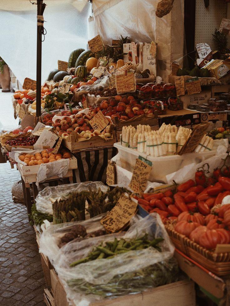 Verona Foodmarket Markt Italien Italy Verona Obst Travelguide Reisetipps Europa Reisen Frucht Fruchte Vom Markt Stadt Lebens In 2020 Italy Italian Summer Vintage Italy