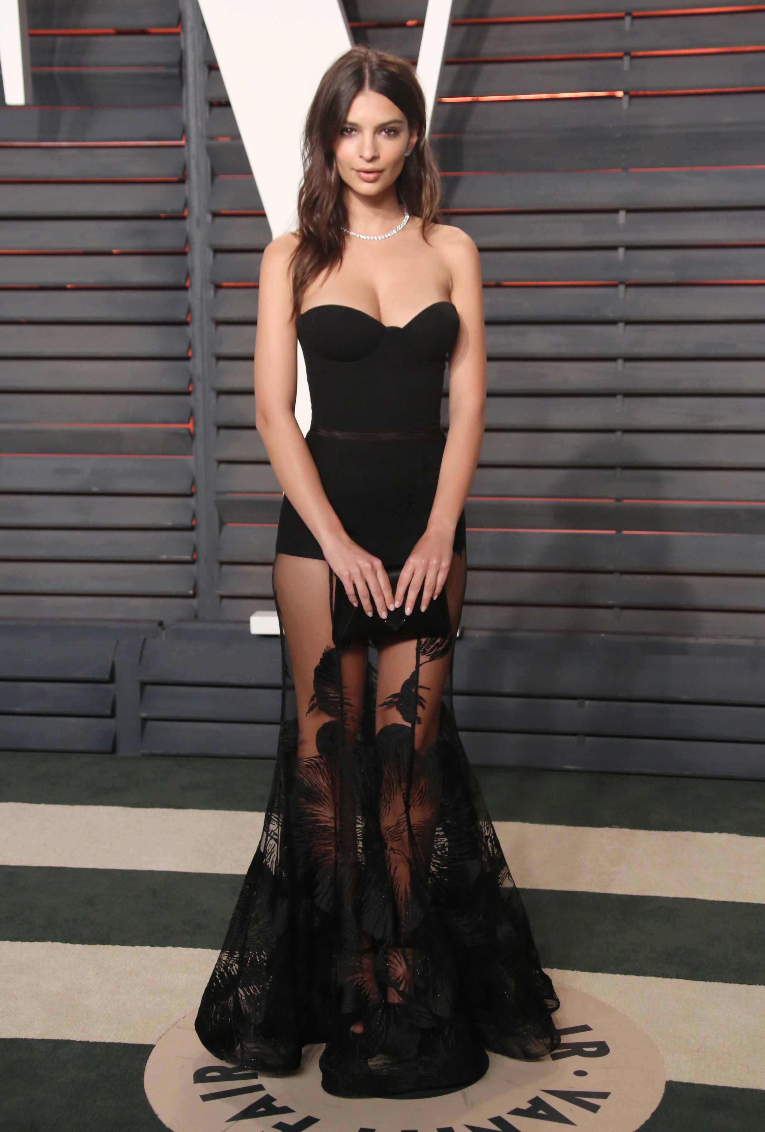 28e0110e7861 undefined -cosmopolitan.it Red Carpet Ready