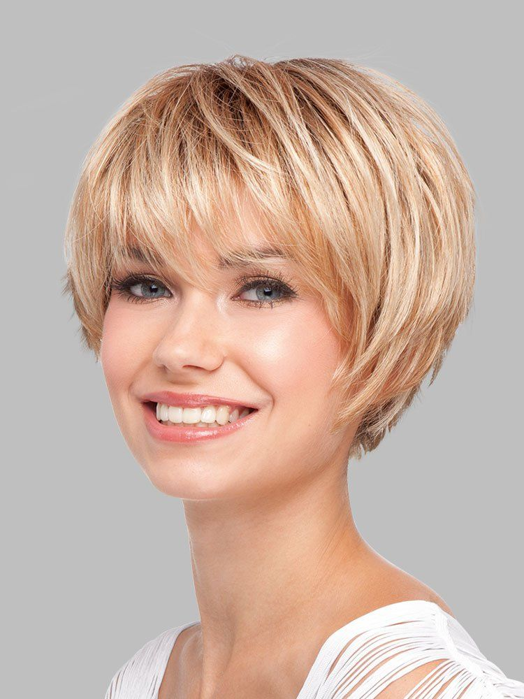 Layered Hairstyles Short Haircuts For Women Over 50 2019 12