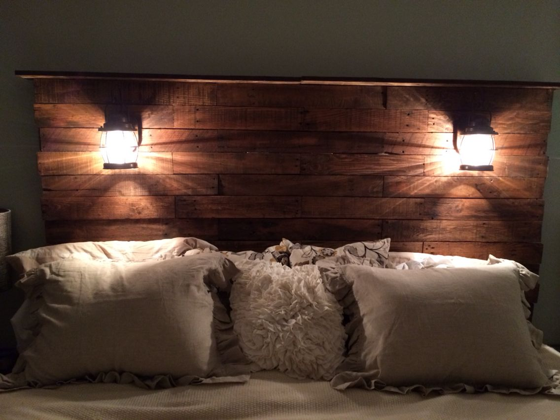 Diy pallet headboard add stain cool lights bam for Rustic headboard with lights
