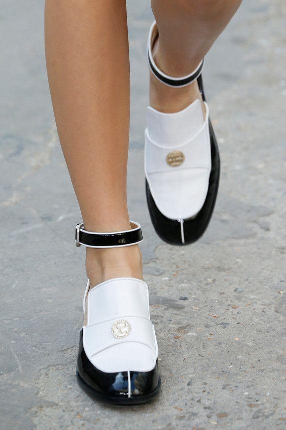 design raffinato grande vendita abile design Chanel Spring 2015 RTW – Runway – Vogue | chAnel | Mocassini ...