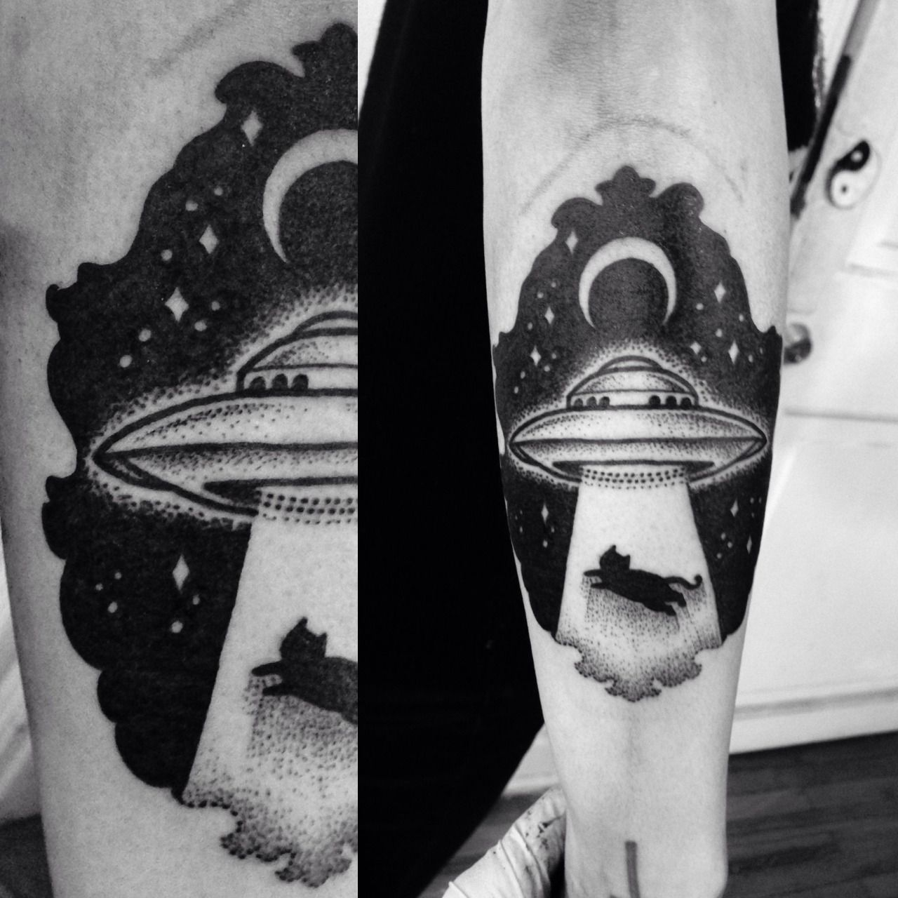 45 Space Tattoo Ideas For Astronomy Lovers Designbump: Miedoalvacio: UFO Abduction Dotwork Tattoo Macarena