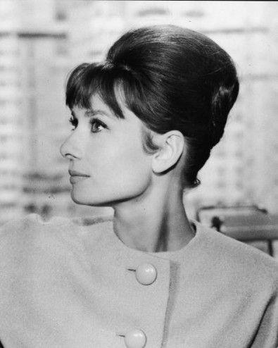 Audrey Hepburn S French Pleat Audrey Hepburn Hair Audrey Hepburn French Twist