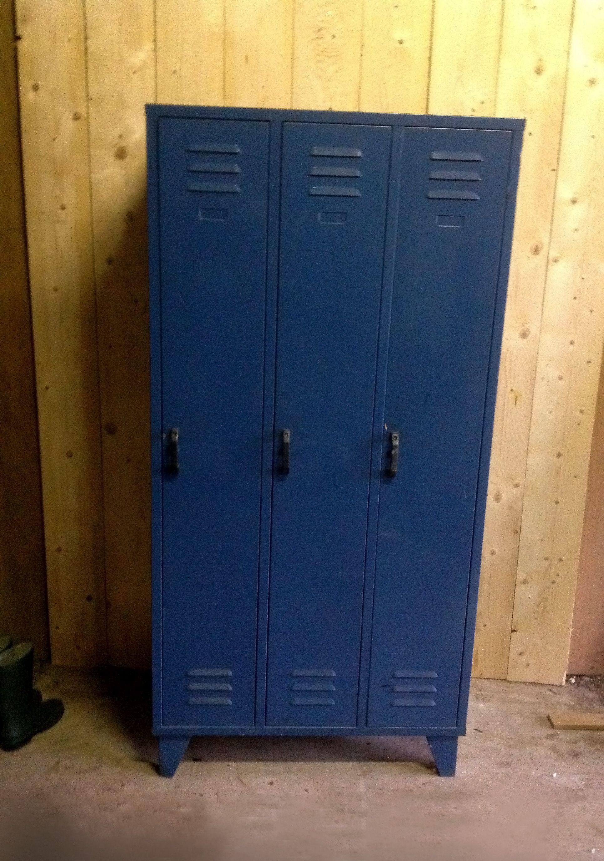 Leuke, stoere blauwe #lockerkast #locker #kast voor bijvoorbeeld op ...