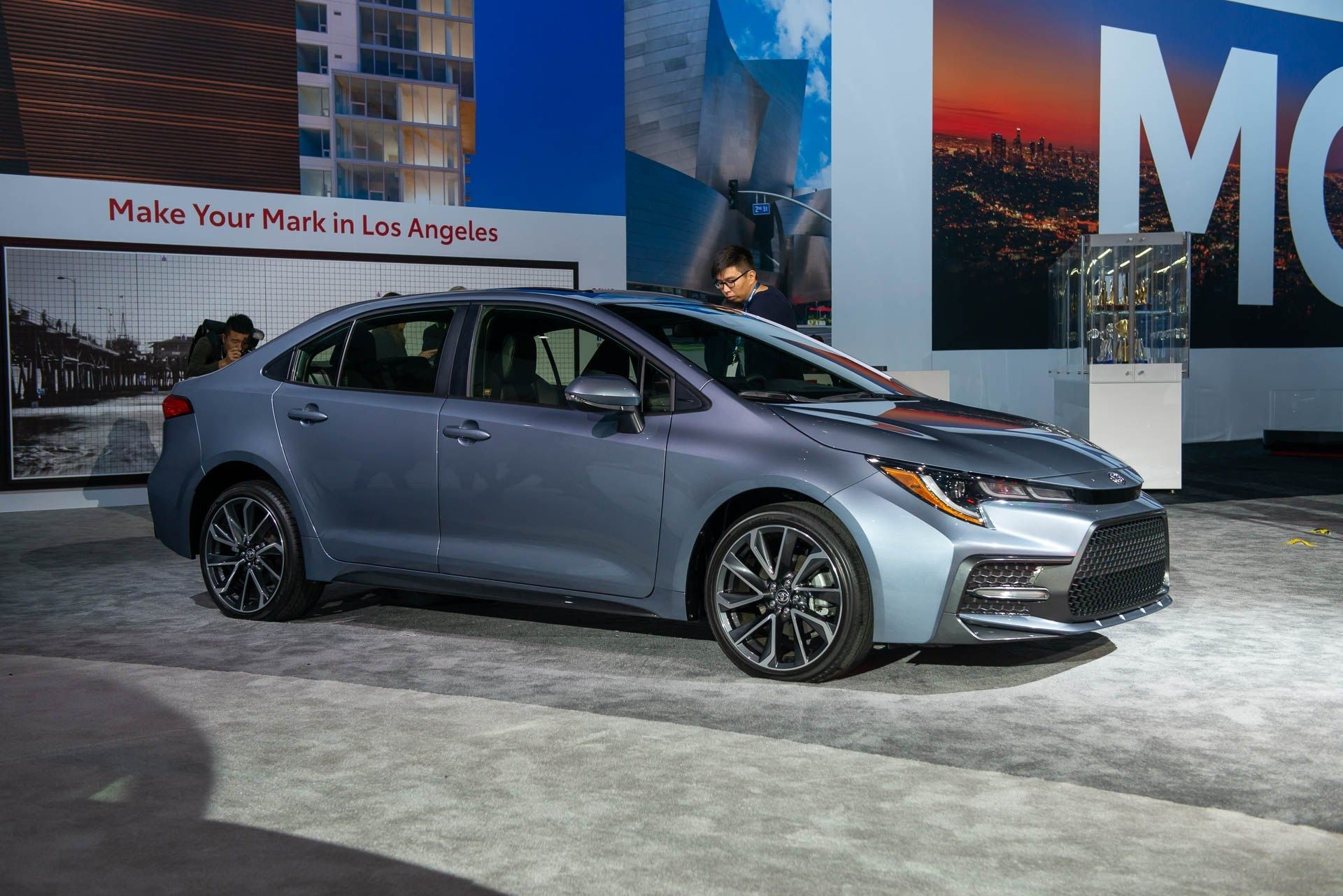 2020 Toyota Corolla Hybrid 50 Mpg Hybrid Tech For A New Interior Exterior And Review Toyota Corolla Corolla Toyota