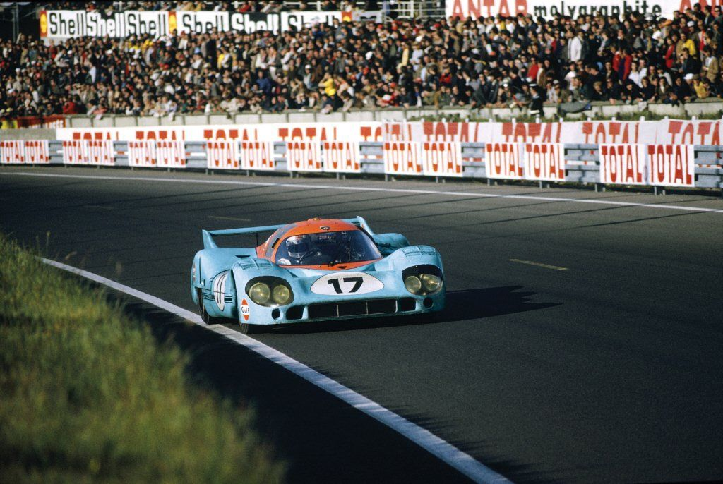 Derek Bell in the Porsche 917 at Le Mans, 1971.